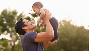 DAD-Baby-Lift-